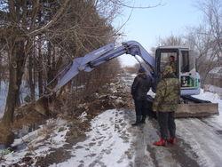 В Черниговке проводятся работы по устранению подтоплений.